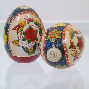 Asian Oriental Decorative Ceramic Eggs
